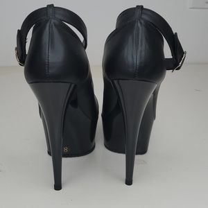 GASOLINE GLAMOUR Shoes - GASOLINE GLAMOUR BLACK LEATHER ANKLE STRAP SHOES